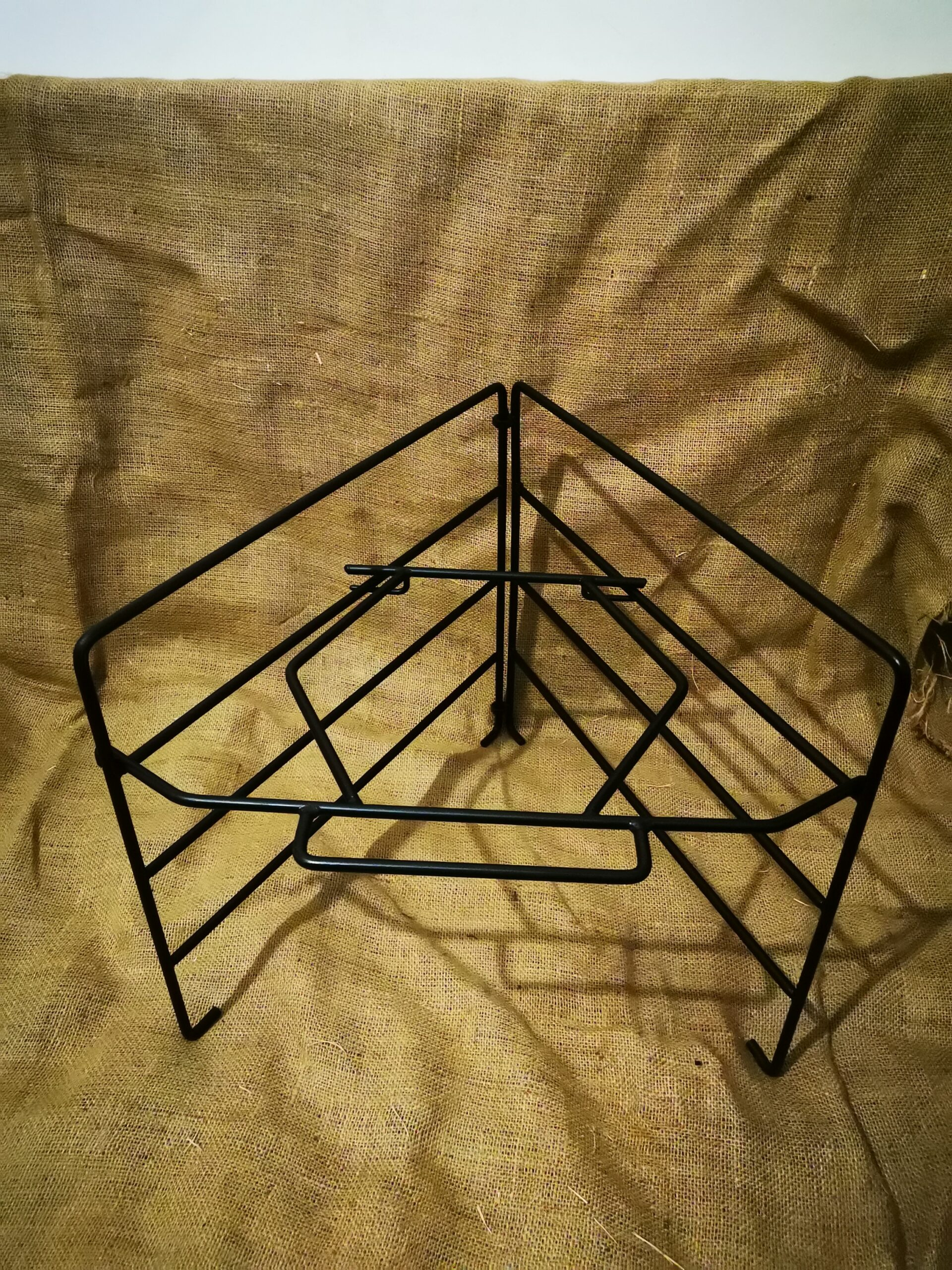 mild-steel-fold-up-stand3